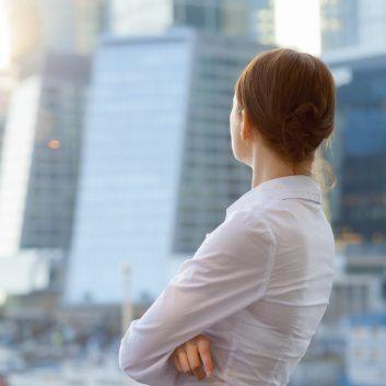 Business-Woman-City-353x353